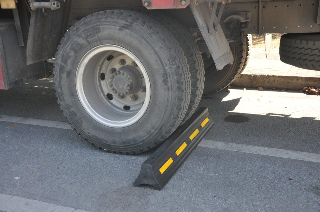 truck wheel stop